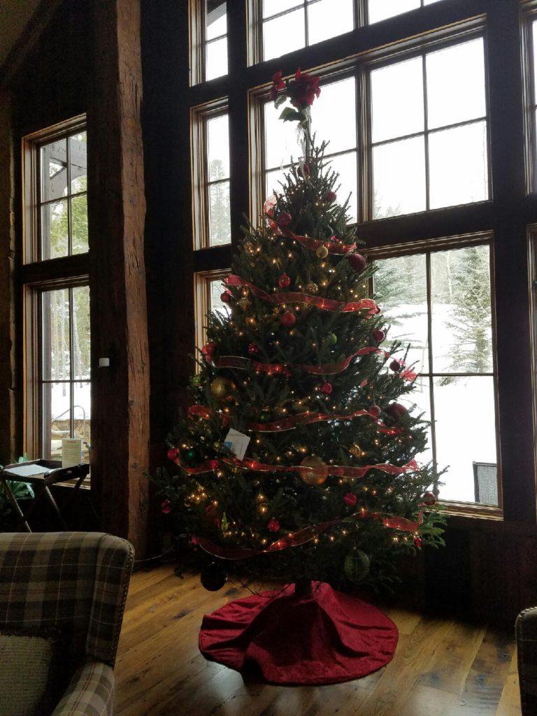 Breckenridge Decorated Christmas Tree Rental